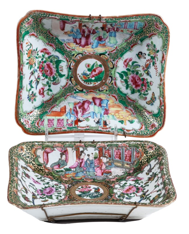 "A pair of Chinese ""Famille rose"" porcelain dishes, Canton 19th Century