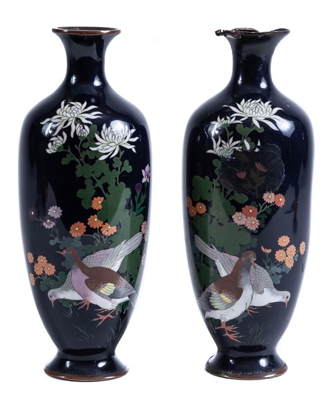 A pair of Japanese closionné enamel vases, Early 20th Century