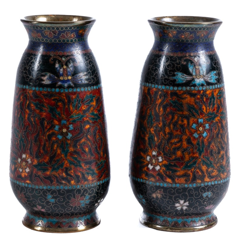 A pair of Japanese cloisonné enamel vases, Early 20th Century