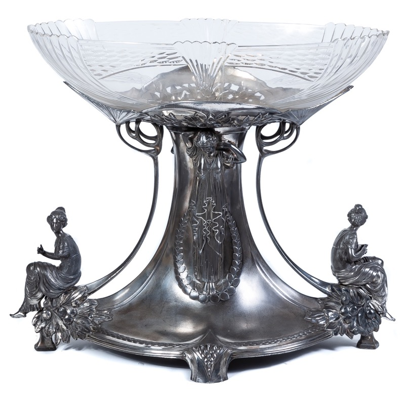 A galss and silver-plated metal centerpiece in Modernism style, c.1900. Signed Alfredo Alvarez, Bilbao