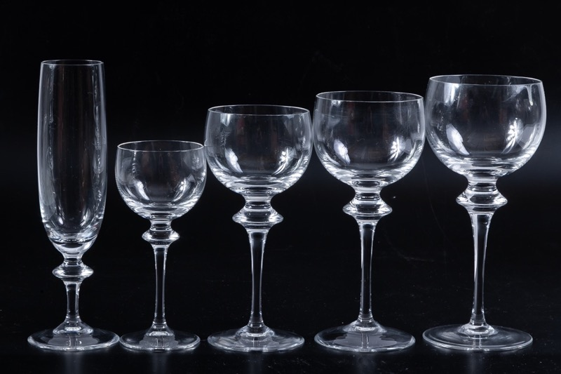 Glassware composed for: 10 water glasses, 14 red wine glasses, 12 white wine glasses, 12 liqueur glasses and 6 champagne flutes